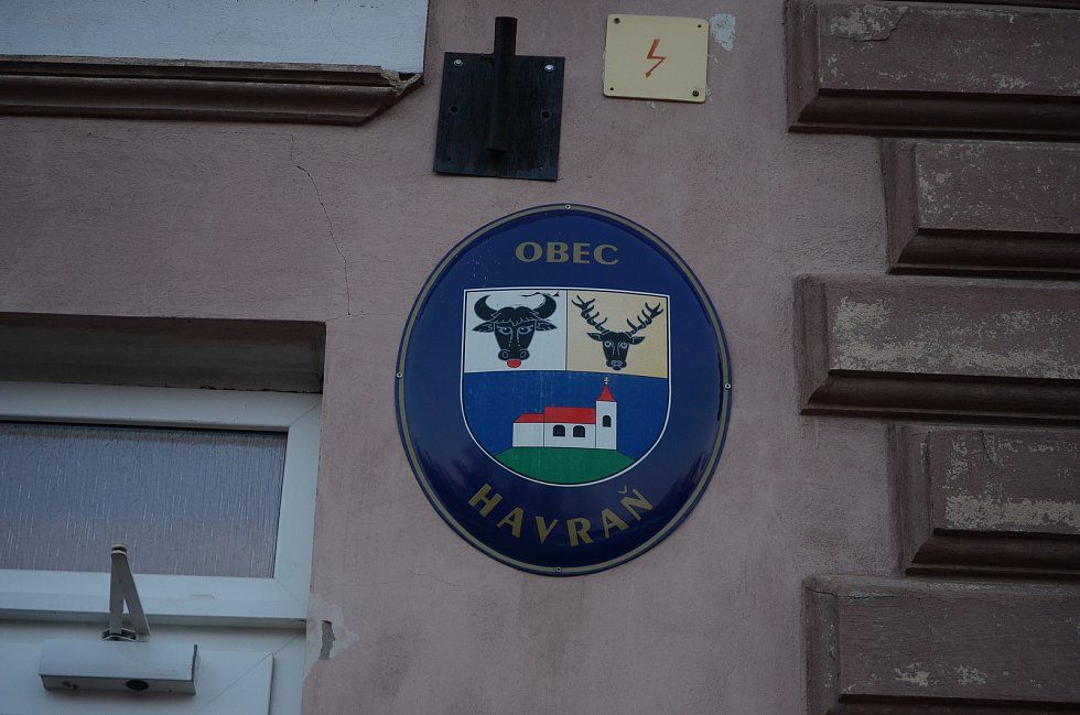Obecní úřad Havraň.