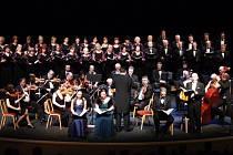 Vánoční koncert v mosteckém divadle.