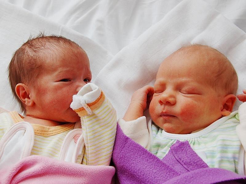 Mamince Marii Hoffmannové z Mostu se 22. července narodila dvojčata Tomáš a Hannah Hoffmannovi. Tomáš se narodil 9.42 hodin, měřil 46 cm a vážil 2,79 kilogramu. Hannah se narodila 9.43 hodin, měřila 45 cm a vážila 2,26 kilogramu.
