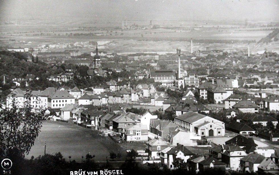 Výpravy do historie: královské město Most. Celkový pohled na město.