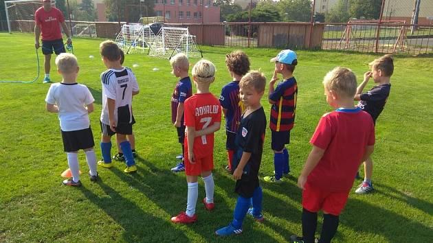 Nadační fond autodromu podpořil mladé fotbalisty.