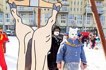 Masopust na 1. náměstí v Mostě v únoru 2012.