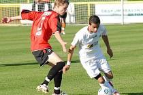 Mostečtí fotbalisté hrají dnes na půdě Jihlavy.