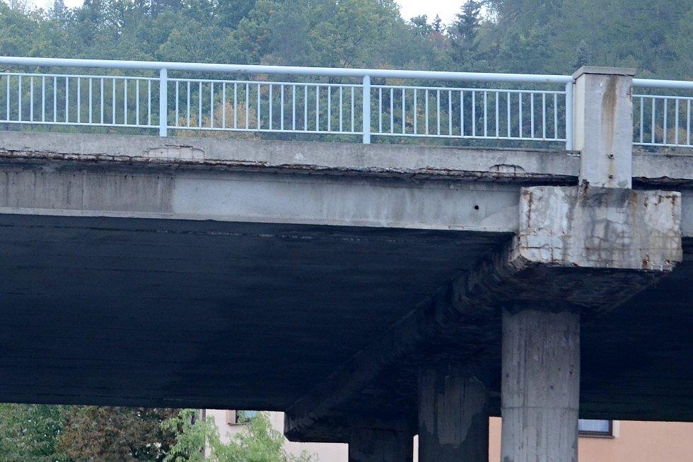 Most v Mezibořské ulici v Litvínově čeká demolice. Nahradí ho most nový