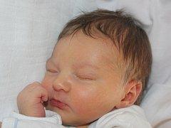 Mamince Libuši Schlöglové z Želenic se dne 23.2. v 15.10hod narodil syn Jiří Kuchař. Vážil 3,01 kg a měřil 52 cm.