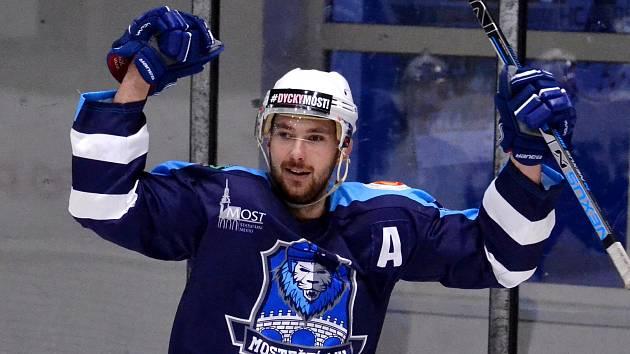 Mostečtí hokejisté mají za sebou druhý zápas čtvrtfinále play off.