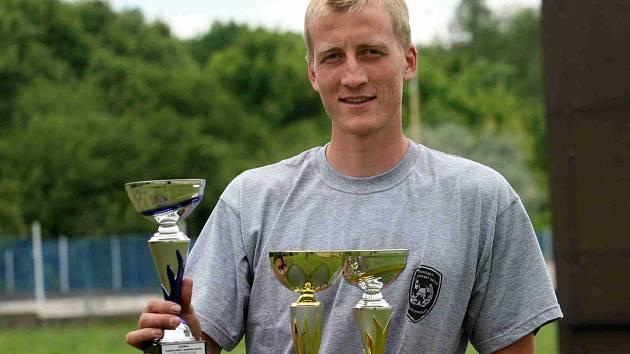 Mostecký profesionální hasič Jakub Pěkný pokořil rekord