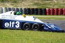V Mostě kdysi jezdila i Formule 1 šestikolka Tyrrell P34.