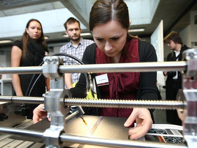 Centrum pro výzkum nanomateriálu a inovace na liberecká Technické univerzitě.