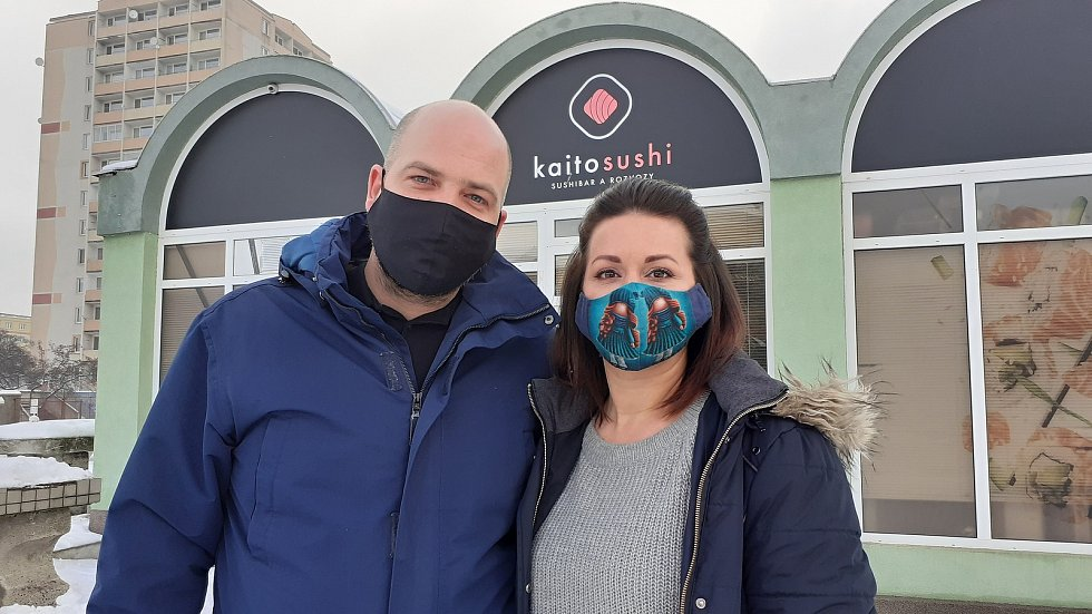 Provozovatelé Kaito sushi v Mostě Jan Jordán a Kateřina Losenická