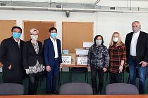 Litvínovu v boji s koronavirem pomáhá i vietnamská komunita
