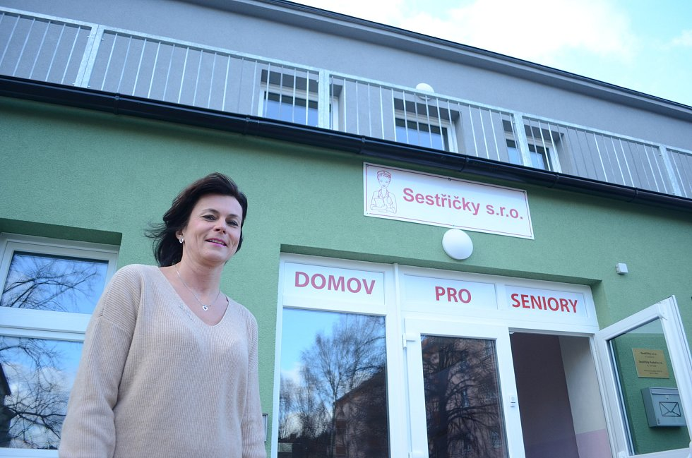 Mostečanka Valerie Srbková povede první soukromý Domov pro seniory v Mostě, který založila se svou maminkou.
