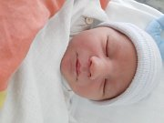 David Toman se narodil mamince Haně Lukešové z Mostu 2. června v 11.28 hodin. Měřil 52 cm a vážil 3,43 kilogramu.