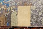 Poškozená mozaika u třídy Budovatelů v Mostě.