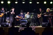 Kapela Petr Kalandra Memory Band.