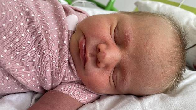 Klára Bydlová se narodila mamince Barboře Sobotkové z Mostu 13. srpna v 1.29 hodin. Měřila 49 cm a vážila 3,8 kilogramu.