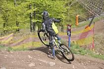 Spor areál Klíny v Krušných horách nad Litvínovem láká v květnu také cyklisty