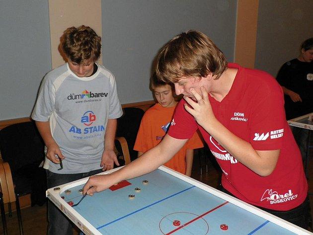 Mistrovství ČR v billiard-hockeyi šprtci.