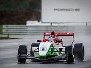 Carbonia Cup se pojede na mosteckém autodromu.