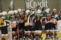 Hokejisté Mostu slaví postup do první hokejové ligy.