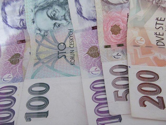 Litvínovská radnice bude rozdělovat 11 milionů.