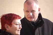 Bronislav Schwarz a Hana Jeníčková na jaře 2014, kdy hnutím Severočeši.cz začaly otřásat vnitřní spory, které trvají dodnes.