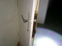 Poškozené dveře