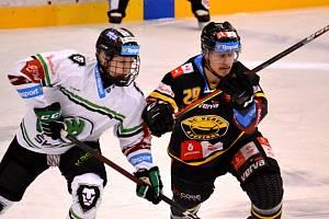 Litvínov (vpravo Havelka) už zná jízdní řád nové sezony.