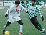 Apollo Cup v Mostě. Most B dorost (v bílém) proti FK SIAD Souš.