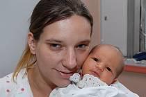 Mamince Renatě Krátké z Janova se 5, listopadu ve 12 hodin narodil syn Patrik Krátký. Měřil 52 cm a vážil 3,71 kg.