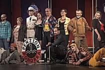 Docela velké divadlo Litvínov dnes hraje komedii Panzion Ponorka.