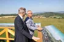 Obec Braňany má díky Severočeským dolům Chomutov novou vyhlídku.