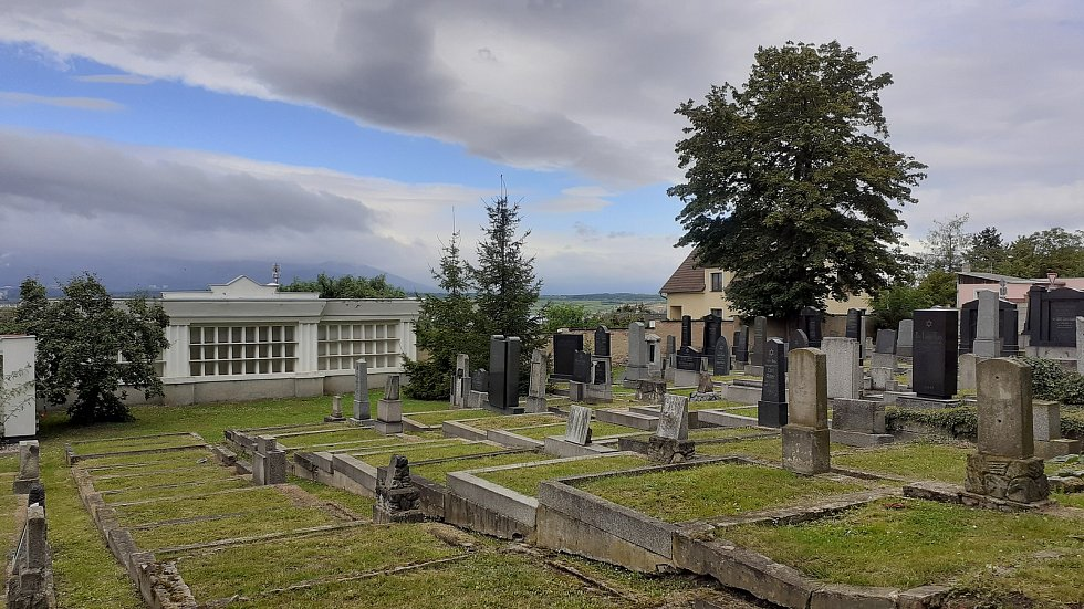 Mostecká Souš, židovský hřbitov