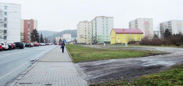 Nad hotelem Lázeňský vrch by chtěl vietnamský podnikatel postavit dům sněkolika obchody.