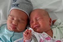 Kryštof a Klára Floriánovi se narodili mamince Zuzaně Floriánové z Mostu 30. října ve 20.45 a ve 20.47 hodin. Kryštof měřil 48 cm a vážil 2,8 kg a Klára měřila 46 cm a vážila 2,37 kg.