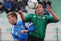 FK Baník Most (v zeleném) hraje v sobotu na hřišti Sparty B.