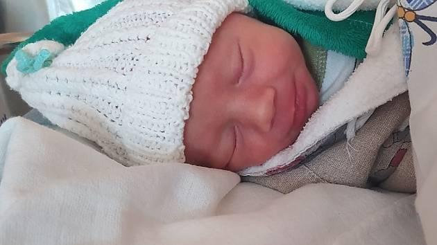 Antonín Hamza se narodil Lence Hamzové z Novosedlic 31. 8. 2020 ve 12.41 hodin. Měřil 48 cm a vážil 2,9 kg.