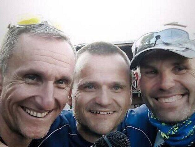 Závod Krušnoman na Klínech komentovali Josef Svoboda, ředitel závodu Tomáš Langhammer a Marek Němčík. Ty legrácky stály za to.