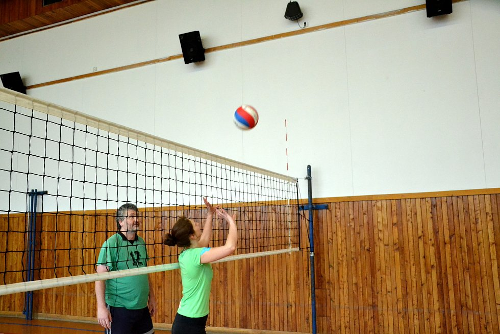 Středisko volného času v Mostě hostilo minimaraton ve volejbale.