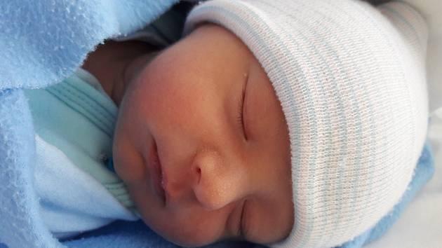 Eliáš Mašek se narodil mamince Janě Maškové z Mostu 9. ledna 2019 v 10.17 hodin. Měřil 48 cm a vážil 3,07 kilogramu.