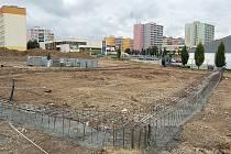 """Stavba nového """"mekáče"""" v Mostě."""