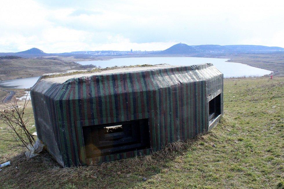 Další bunkr u jezera Most.