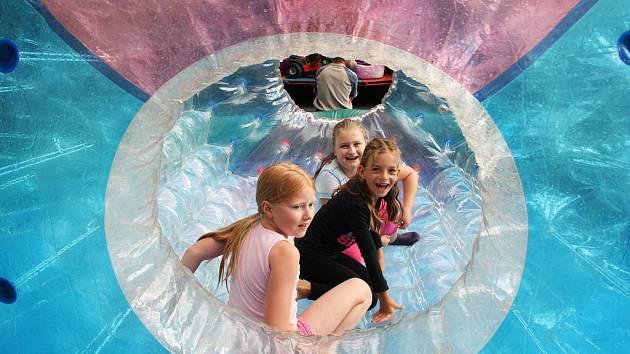 Oslavy obce Bečov nabídnou například aquazorbing. Ilustrační foto