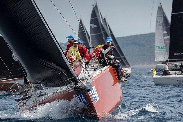 Hebe Sailing Team na MS vchorvatském Šibeniku.