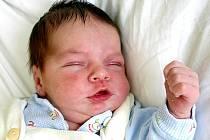 Mamince Janě Staňkové z Mostu se 20. června v 18.22 hodin narodil syn David Staněk. Měřil 53 centimetrů a vážil 3,68 kilogramu.