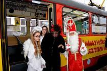 Mikulášská tramvaj v Mostě.