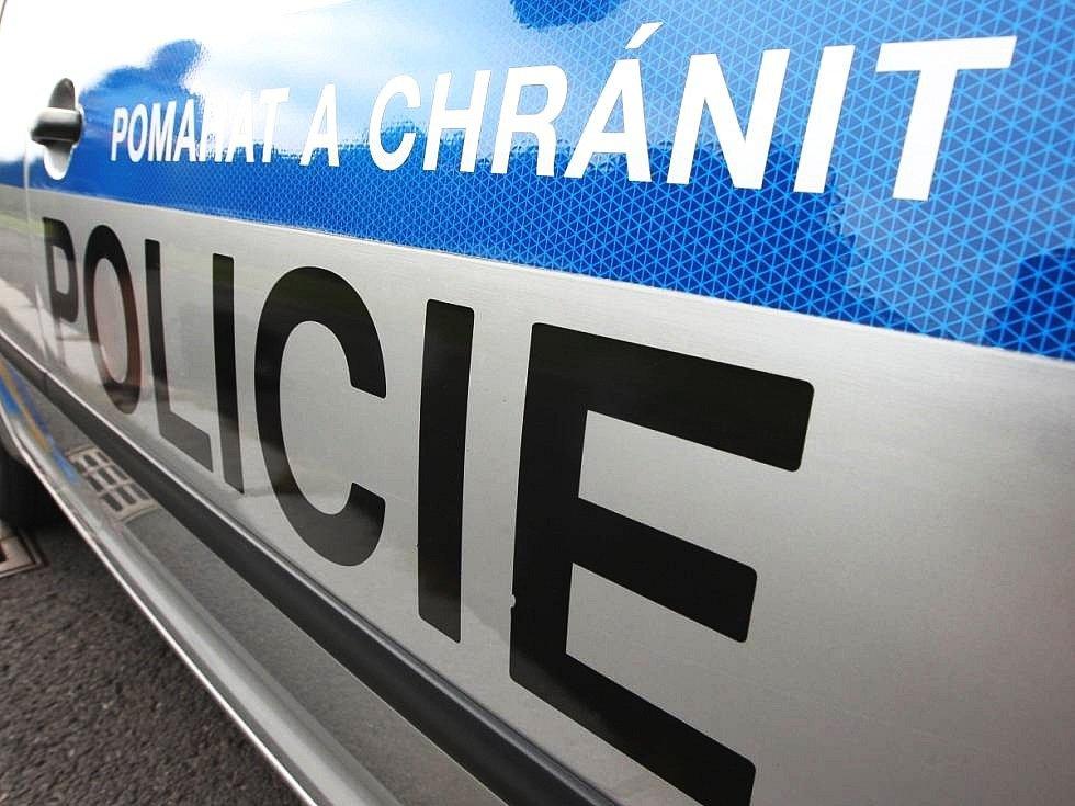 Policie obvinila dva muže.