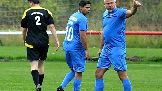 Hráči SK Viktoria Lom díky projektu od Gambrinusu vyhráli třicet tisíc korun.