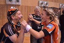 Takhle se Lucia Mikulčík radovala po postupu v poháru EHF v minulém víkendu. Bude se radovat i po tomto víkendu?