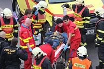 Těžká dopravní nehoda v Mostě.